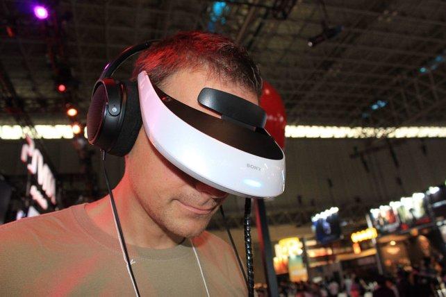 Sonys Datenbrille projiziert eine riesige Kinoleinwand ins Blickfeld.