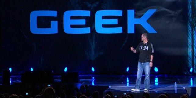 Blizzard-Spaßvogel Chris Metzen mit seinem Vortrag über Geeks.