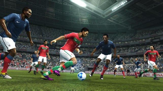 Optische Detailverbesserungen an Superstars wie Christiano Ronaldo, der im Übrigen die Spielverpackung ziert.