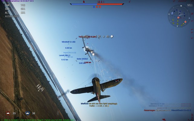 Erste Erfahrungspunkte gibt es bereits, wenn ihr ein feindliches Flugzeug trefft.