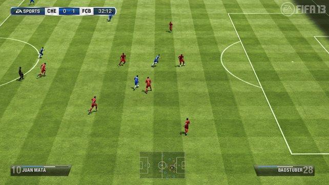 Die Computerspieler laufen in der Offensive prima in freie Räume. Gut für Konterspieler.