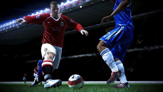 ..und hier der deutlich hübschere englische Stürmerstar auf 360 und PS3.
