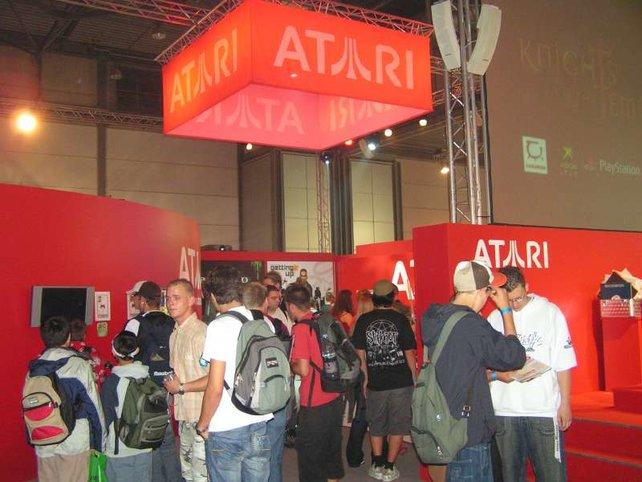 Beliebt: Präsente am Atari-Stand.