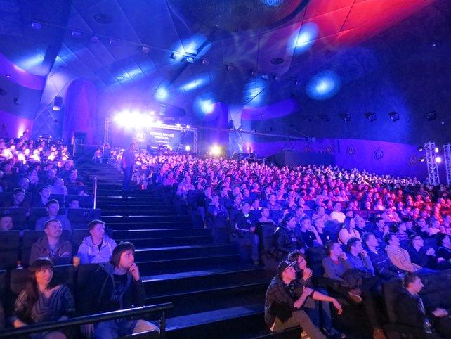 Während der wichtigsten Spiele war das Kino regelmäßig prall gefüllt.