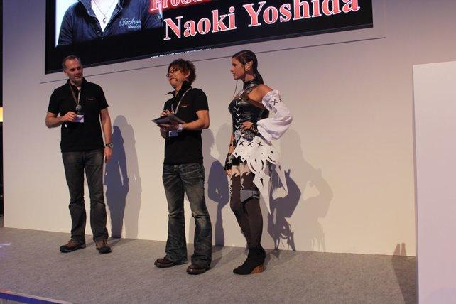 Produzent und Direktor Naoki Yoshida begrüßt die Besucher auf Deutsch.