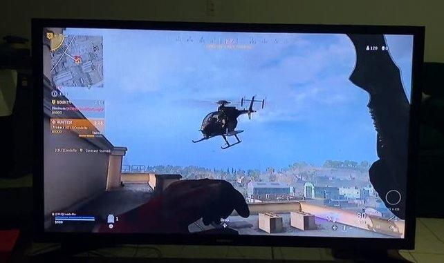 Reddit-User condefle hat es alleine mit einem Helikopter in CoD: Warzone aufgenommen - ohne Schusswaffen!