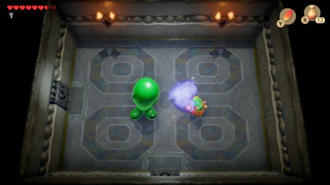Zur Erinnerung: Wenn ihr kein Zauberpulver mehr habt, könnt ihr welches bei den Skeletten im Eingangsbereich kaufen.