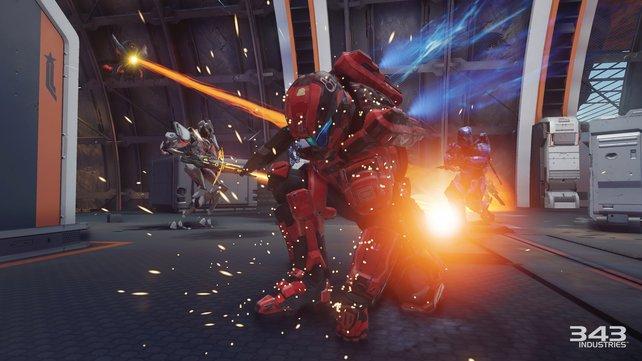 Dieser Spartaner setzt zu seiner Spezial-Attacke - einem Slam - an.