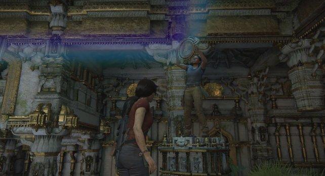 Nadine macht als antike Statue eine gute Figur.