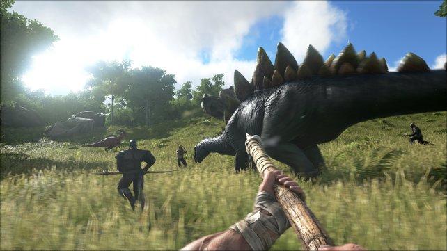 In der Gruppe habt ihr wesentlich mehr Chancen gegen die riesigen Dinosaurier.