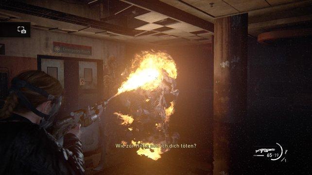 Dem riesigen Mutanten kommt ihr am besten mit eurem Flammenwerfer sowie mit Rohrbomben bei. Nutzt danach eure Doppelläufige und euer Gewher, bis ihr ihn tötet.