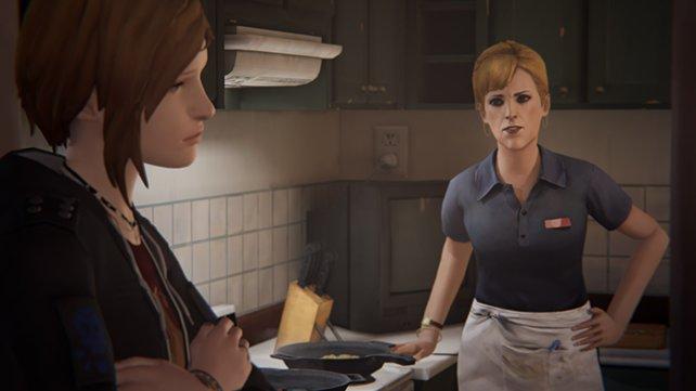 Chloes Mutter ist gewohnt besorgt um ihre Kleine.