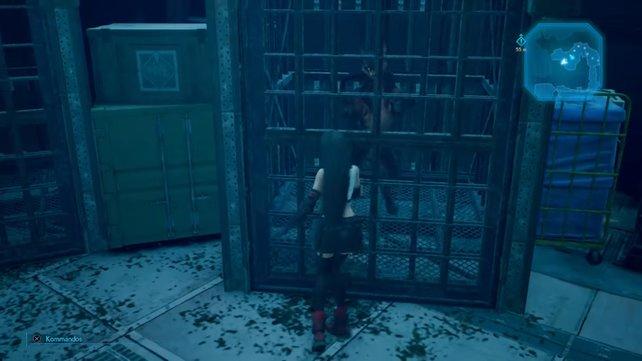 Schleicht durch die Gänge und die Räume. Die Käfige deuten schon an, dass ihr es bald mit hungrigen Kötern zu tun bekommen werdet.