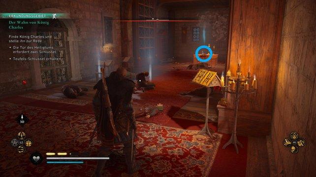 Im Raum gegenüber des Schlafgemachs des Königspaars findet ihr auf dem Altar den zweiten Schlüssel.
