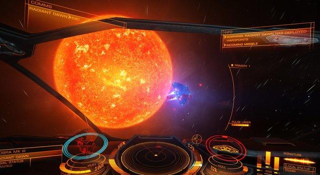 Aus eurem Glascockpit begutachtet ihr Planeten und Sonnen aus der Nähe.