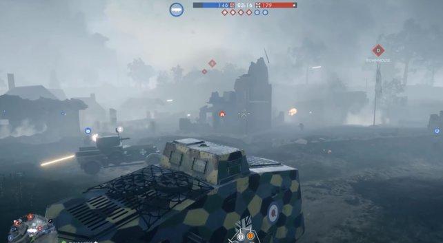 Schwerer Panzer im Gefecht.