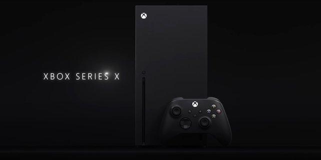 Die schlichte Xbox Series X samt dazugehörigen Controller.