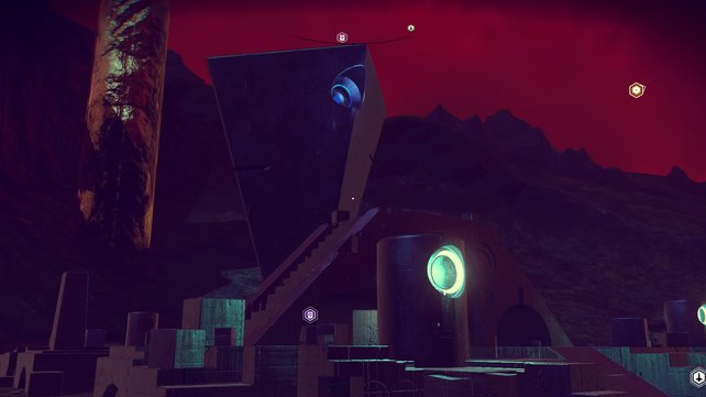 Monolithen sind riesige Monumente, an denen ihr mehr über die Alienrassen erfahrt.