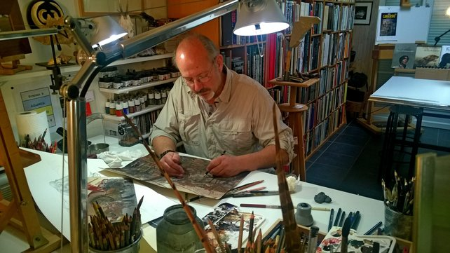 """Der belgische """"Graphic Novel""""-Künstler Benoit Sokal bei der Arbeit am Spieldesign."""