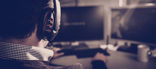 Ob ein oder zwei Monitore, ihr müsst euch in eurer Gaming-Ecke wohl fühlen!