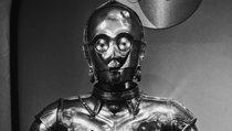 Protokolldroide hat genug und wird zum Killer-Bot